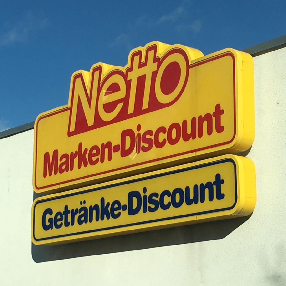 Fonds & Vermögen Verwaltung Immobilie Neufahrn Fachmarktzentrum Parkplatz Netto Marken-Discount