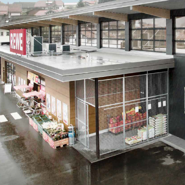 Immobilien Arber Center Rewe Bodenmais Außen - Fonds & Vermögen Verwaltungs GmbH